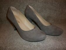 GORGEOUS PAIR OF LADIES HEELED SHOES, BY CLARKS, SIZE 5, SUEDE, WIDE FIT, BROWN