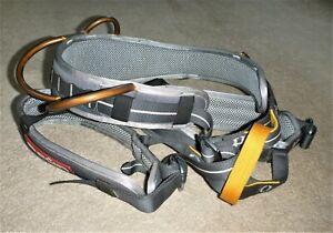 Rock climbing, mountaineering, Ocun Zeptor fully adjustable sit harness