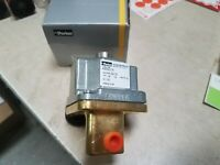 Parker A36LB2176DC2A23 Electric Solenoid Valve 24VDC 3-WAY New Open box