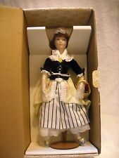 "FRANKLIN HEIRLOOM 1983 THE STRAWBERRY GIRL ""COVENT GARDEN COLLECTION"" 15"" ""MIB"""