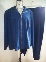 DRESSBARN Women's SET OF 2  BLAZER & PANTS BLUE NAVY COLOR   SIZE 24 W