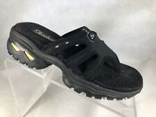 Skechers Women's Black T Strap Sandals 7/37 M.        D6