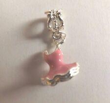 pendentif argenté robe rose 18x12 mm