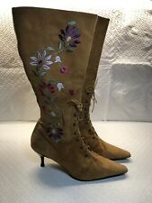 Donald Pliner Women's Brown Suede Leather Floral Kitten Heel Size-8 M