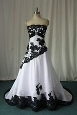 2018 Black and White Plus Size Gothic Wedding Dresses A-Line Bridal Gowns Custom