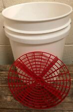 Detailing Kit of 5 Gallon Bucket & Grit Shield Red