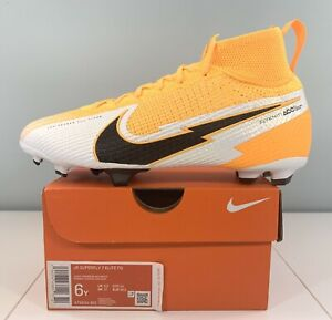 Nike Superfly 7 Elite FG Soccer Cleats AT8034-801 Size 6Y / Women Size 7.5