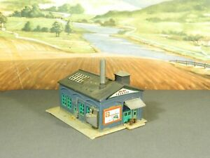 N Scale BUILT Model Building SMALL OLD TIME FACTORY WORKSHOP MACHINE SHOP