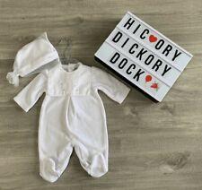 SS20 Blues Baby unisex white velour babygrow newborn 1M /& 3M with hat.