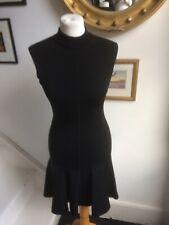 Vintage Alaia Negro Vestido Talla XS. bellamente cortada y en muy buen estado.