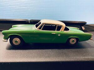 1/24 DEALER PROMO CAR 1953 STUDEBAKER STARLINER GREEN NICE