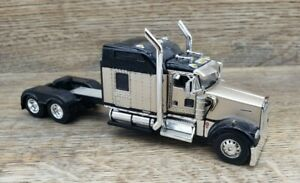First Gear DieCast Promotions Kenworth W900 DCP #2
