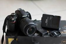 Macchina fotografica reflex digitale Nikon D3200 + obiettivo 18-55 mm
