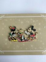 Acme/HotArt Island Picnic Minnie And Mickey Disney Pin (B)