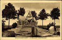 Neuville-Saint-Vaast Frankreich AK ~1920/30 Monument Denkmal Soldaten Standbild