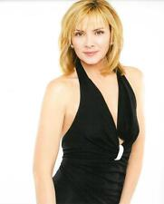 Kim Cattrall Sex and the City Unsigned Glossy 8x10 Photo US#243
