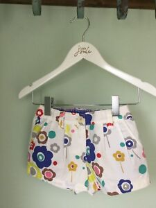 Beautiful White Floral Girls Shorts - 2 Years - Boden - BNWOT