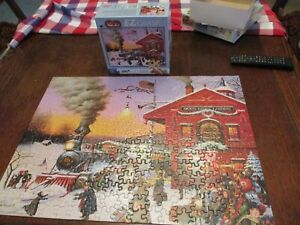 EZ Grasp Puzzle Charles Wysocki's Whistle Stop Christmas 300 pieces Complete EUC