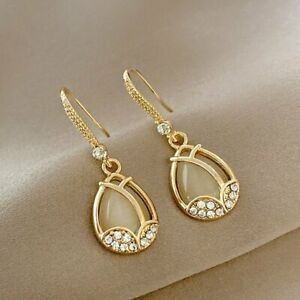 Fashion Opal Flower Circle Stud Earrings Elegant Women Wedding Party Jewelry Hot