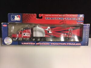 Upper Deck 2006 MLB Peterbilt Tractor-Trailer Anaheim Angels
