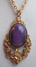 Superbe collier ancien pendentif couleur or cabochon violet bijou vintage 2413