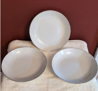 Carlton Plymouth 303 7.5'' Soup Bowl (3) Fine China Made in Japan