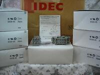s l200 universal relay fuse auxiliary distribution box jeep, cooper idec sh2b-05 wiring diagram at webbmarketing.co