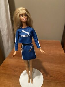 barbie teen skipper doll 1998 blonde in puma skirt and top outfit