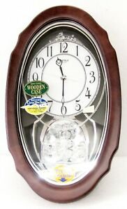 "RHYTHM MUSICAL WOODEN WALL CLOCK -""CRYSTAL HEARTS"" WITH 30  MELODIES 4MH870WU06"