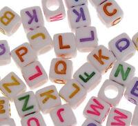 100 Buchstabenperlen 6mm Weiß Mix Kunststoffbuchstabe Acryl schmuck BEST D111