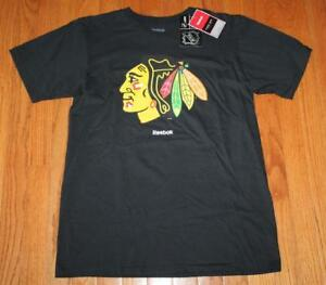 NEW NWT Reebok Chicago Blackhawks Jersey Crest Short Sleeve T-Shirt Face Off *F7