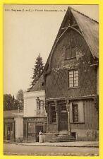 cpa 37 - LUYNES (Indre et Loire) MAISON RENAISSANCE Charcuterie COCHIN Animée