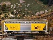 N scale Model Power Government of Canada  grain covered hopper car train 3489