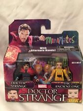 Diamond Select Toys MiniMates Marvel Doctor Strange & The Ancient One Toy Figure