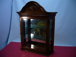 Pulaski Furniture VTG Curio Cabinet 3 Tier Mirror back Glass shelves Glass Door