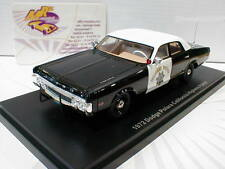 Neo 46726 # DODGE polara California Highway patrol BJ. 1972 Noir/Blanc 1:43