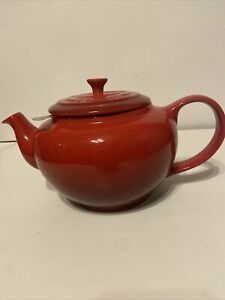 Le Creuset 44oz Stoneware Teapot Stainless Steel Infuser Red Cerise + Sewn Cover