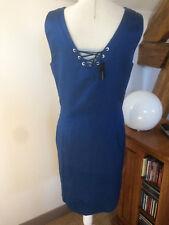 robe Caroll T.40 neuve valeur 135 €