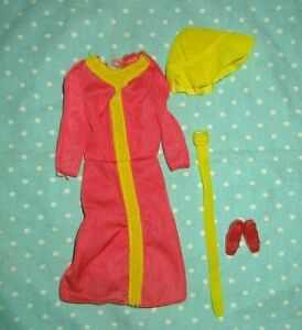 1976 Barbie Sweet 16 9550 clothes orange yellow hat dress Superstar Best Buy