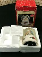 Pfaltzgraff Christmas Heritage Station Musical Snow Globe 247-092-00 W/Box
