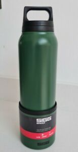SIGG Hot and Cold Thermos Flask 0.75L with Cup - 8694.80 H&C Leaf Green