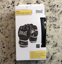 New In Box Everlast MMA Kickboxing Gloves Size S/M Black/White