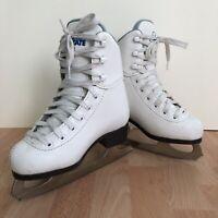 Soft Skate by Jackson Figure Skates Size Youth 11 Ice Beginner Girls White Lace