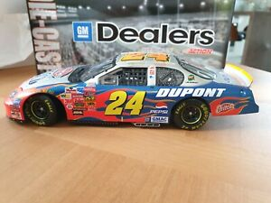 Nascar Action 1/24 2003 Jeff Gordon #24 DuPont Victory Lap 1/24 GM Dealer 1/804