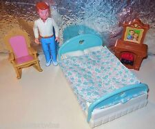 FISHER PRICE LOVING FAMILY 1994 DREAM DOLL BEDROOM BED DAD FIGURE DOLLHOUSE LOT