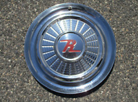 One genuine 1958 Rambler American Classic 15 inch hubcap wheel cover