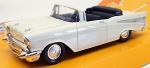 MIRA 1/25 Scale Model Cars 1542 - 1957 Chevrolet Bel Air - Cream