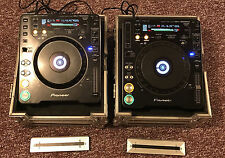 2 Pioneer CDJ-1000 MK3 Compact Disc Turntables with Road Ready ATA Flight Cases