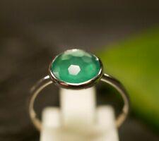 Eleganter 925 Sterling Silber Ring Designer Tosh Grüner Facettierter Besatz