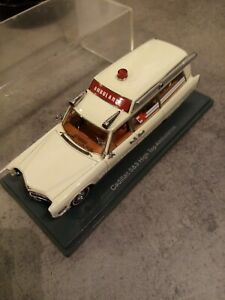 Voiture 1/43.cadillac.high Top Ambulance. NEO Scale Models.